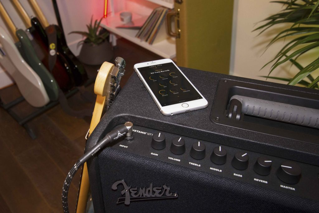 Fender Mustang GT and iPhone app